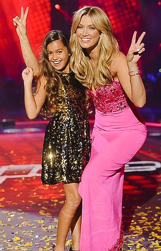 2014 Delta Goodrem\'s pink gown for The Voice Kids Grand Final